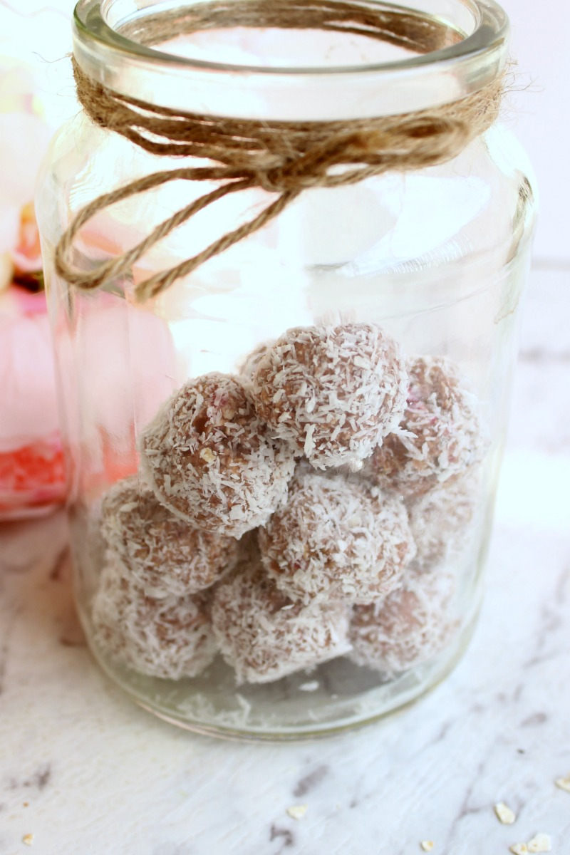 raspberry bliss balls 1Naturally sweetened and totally nutritious, these raspberry bliss balls make the perfect snack between meals or lunch box addition.